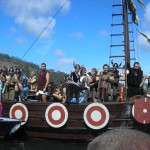 A tope en la Romería Vikinga de Catoira