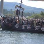 Romería Vikinga de Catoira en moto de agua